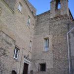180px-Tricarico_-_Chiesa_e_Convento_Santa_Chiara