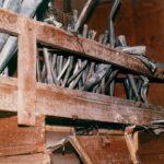 Canne metalliche interne allo smontaggio, evidenti numerose lacune ed il cattivo stato di conservazione delle superstiti.