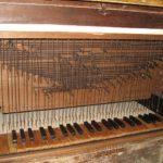 Tastiera e catenacciatura, dopo il restauro.