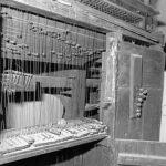 Tastiera, catenacciatura e registri prima del restauro.