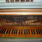 Tastiera restaurata e rimontata.